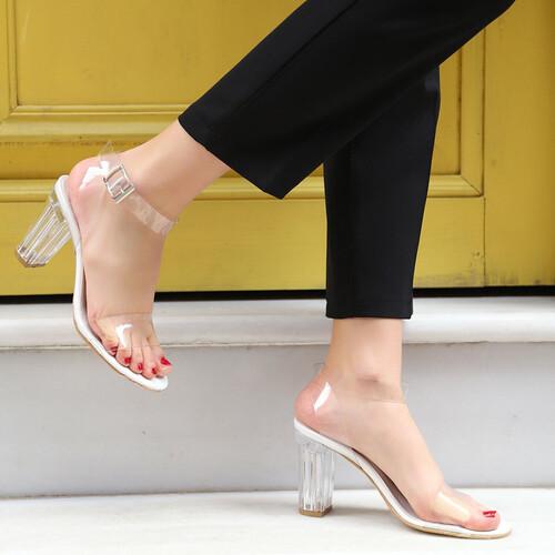 Trendbu Ayakkabı - Kadın Beyaz 9 cm Şeffaf Topuklu Ayakkabı