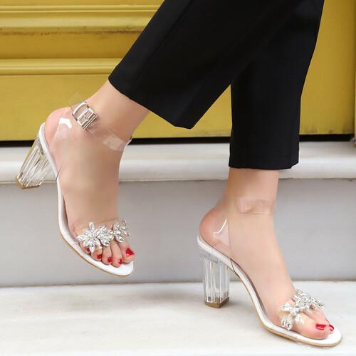 Trendbu Ayakkabı - Kadın Beyaz Şeffaf Taşlı Topuklu Ayakkabı 9 cm