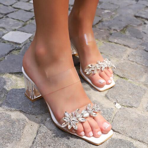 Trendbu Ayakkabı - Kadın Beyaz Tek Şeritli Taşlı Terlik