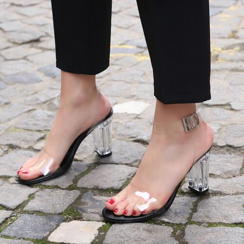 Trendbu Ayakkabı - Kadın Siyah 9 cm Şeffaf Topuklu Ayakkabı