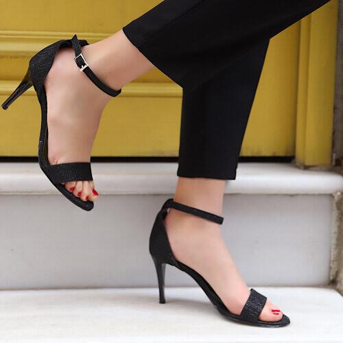Trendbu Ayakkabı - Kadın Siyah Pullu Tek Bant Topuklu