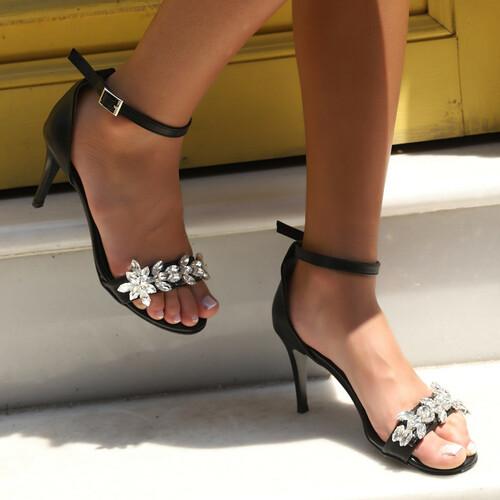 Trendbu Ayakkabı - Kadın Siyah Taşlı Tek Bant Topuklu Ayakkabı